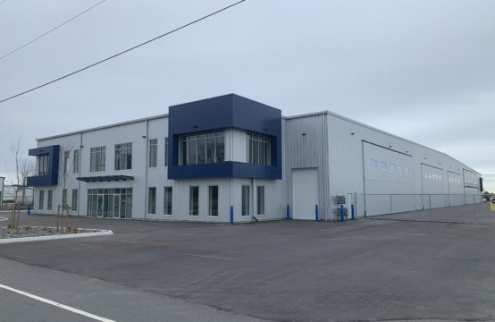 Hangars/Offices – 7410 Ottawa Street, Boundary Bay Airport